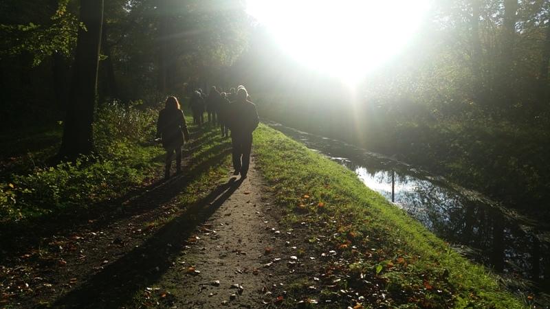 Geslaagde herfstwandeling in Leuvenheim